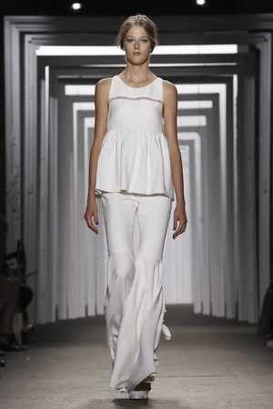 Honor Ready To Wear Spring Summer 2015 New York - NOWFASHION