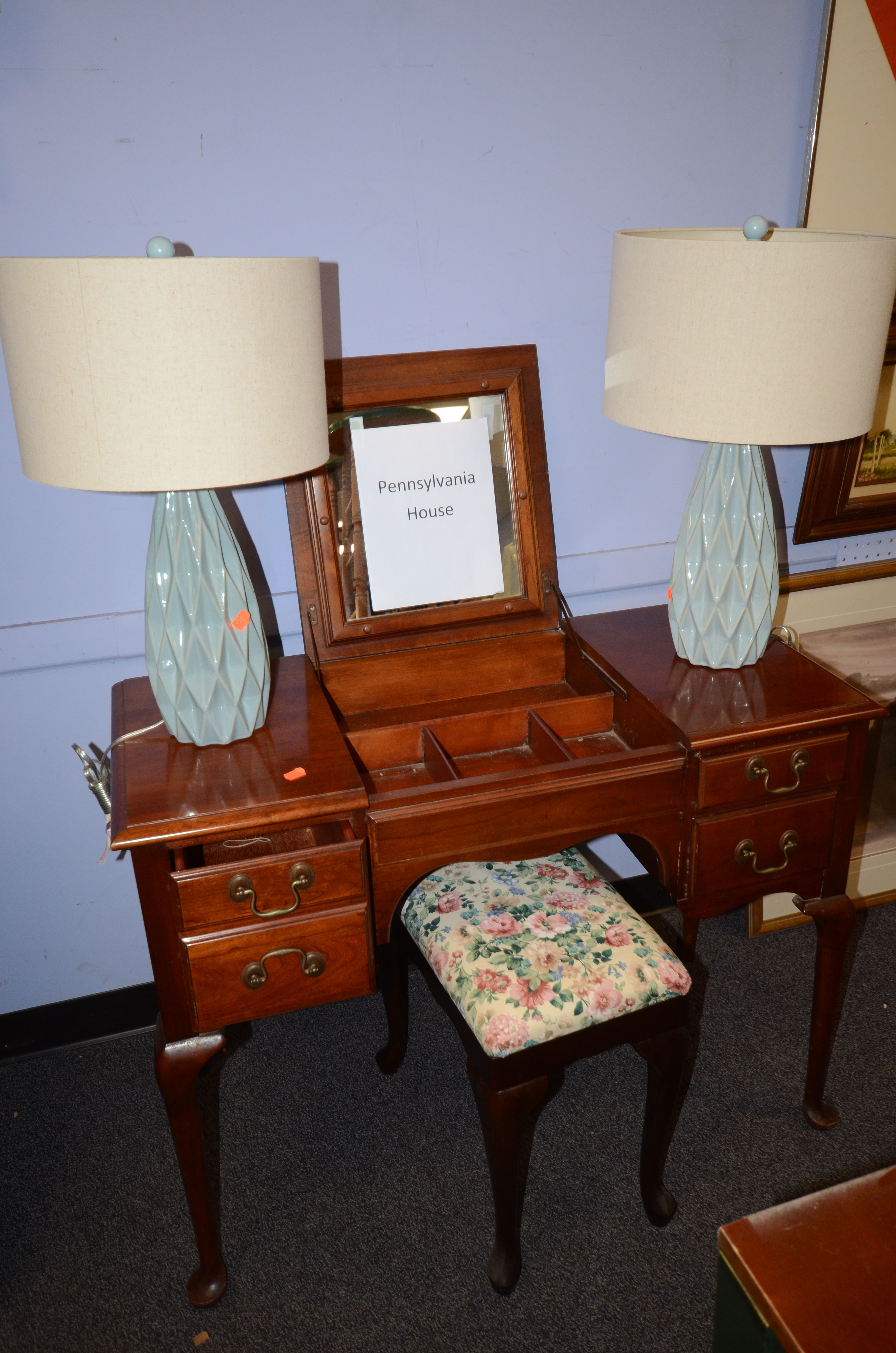 Pennsylvania House Vanity February 6th Quality Furniture Fine China Household Items Asian