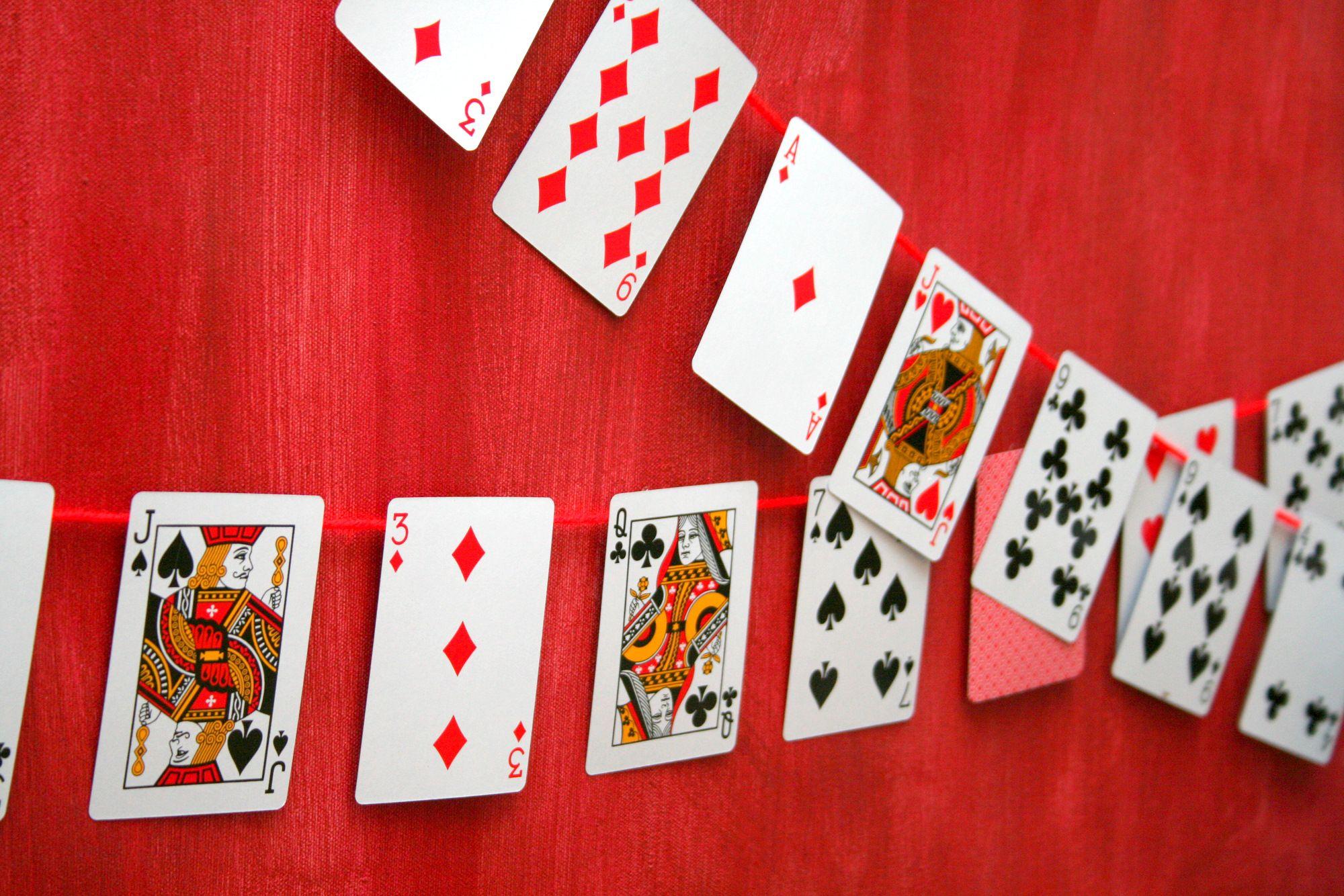 Poker night decoration ideas