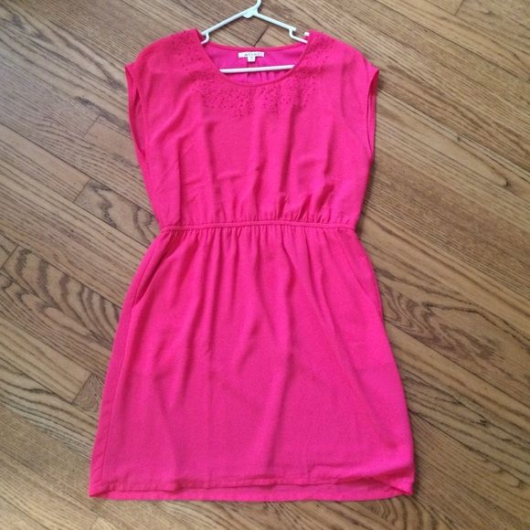 Pink Dress Pink dress with pockets. 100% polyester. Sleeveless. Elastic waste. Perfect to dress up or down looks great with heels or sandals. Only worn twice. Dresses