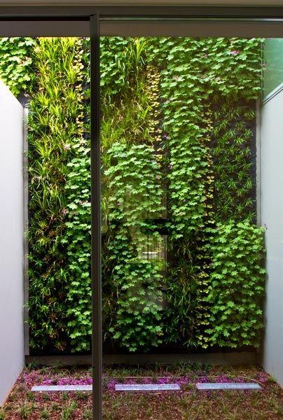 Attrayant Villa Cascais   Vertical Garden Design