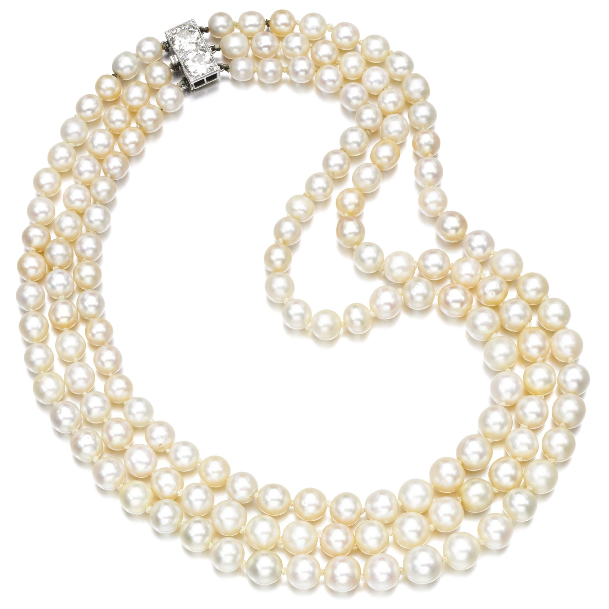 Old Pearl Necklace With Diamond Clasp