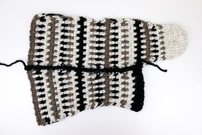 Mukluk Crochet Slipper Boots With Flip Flop Soles Free Pattern