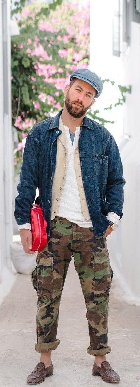 2f8e3e27e98c How To Style White T-shirts The Right Way | men's style | Camo pants ...