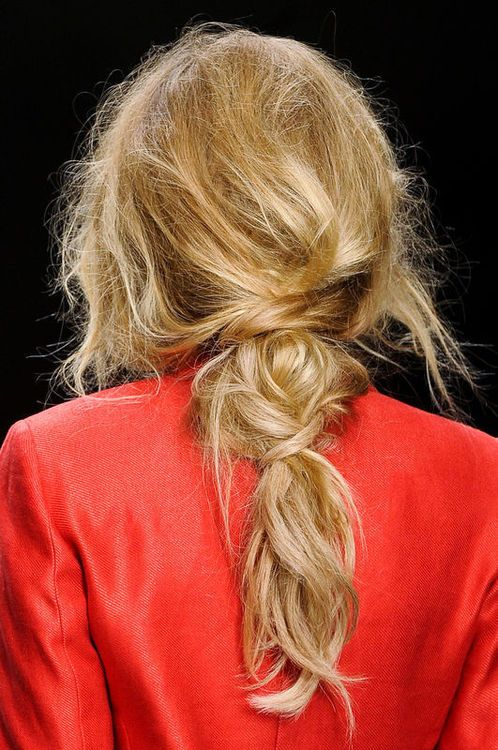 messy low ponytail twist | hairstyle