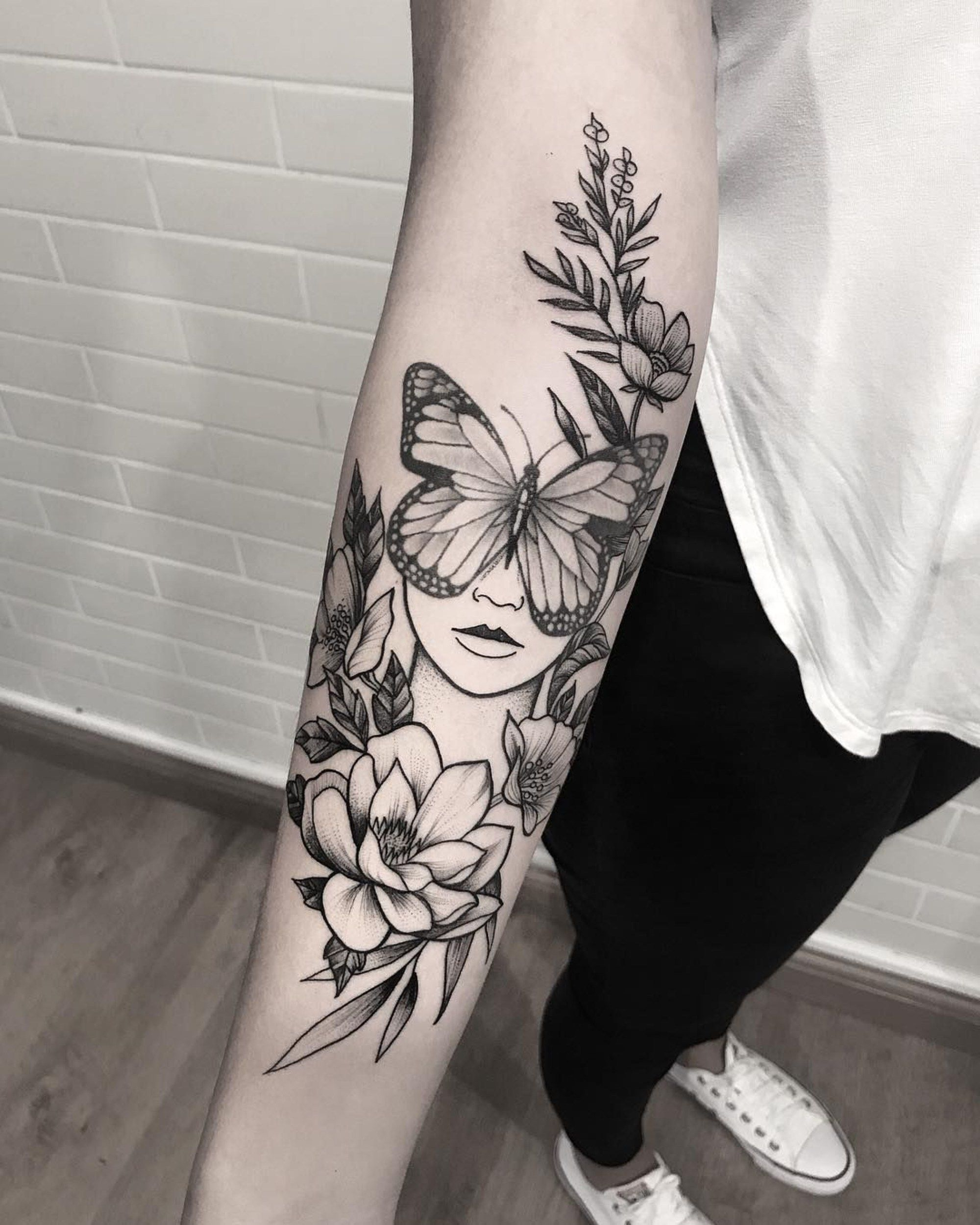 Pin auf Mujeres tattoo