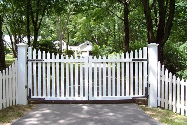 Wood Gates Westchester Automated Gate Picket Fence Gate Fence Gate Design Wood Gates Driveway