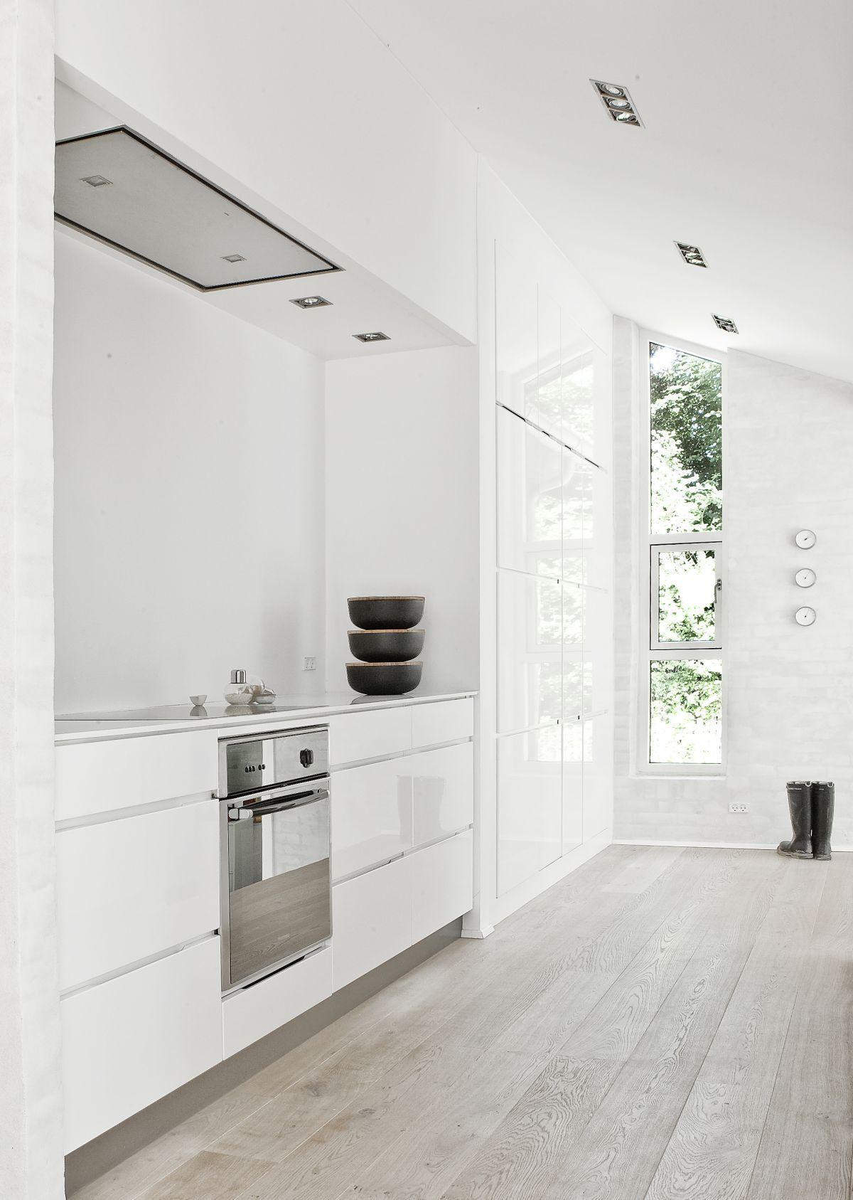 Grandiose White Galley Kitchen Decors With White Acrylic Cabinet
