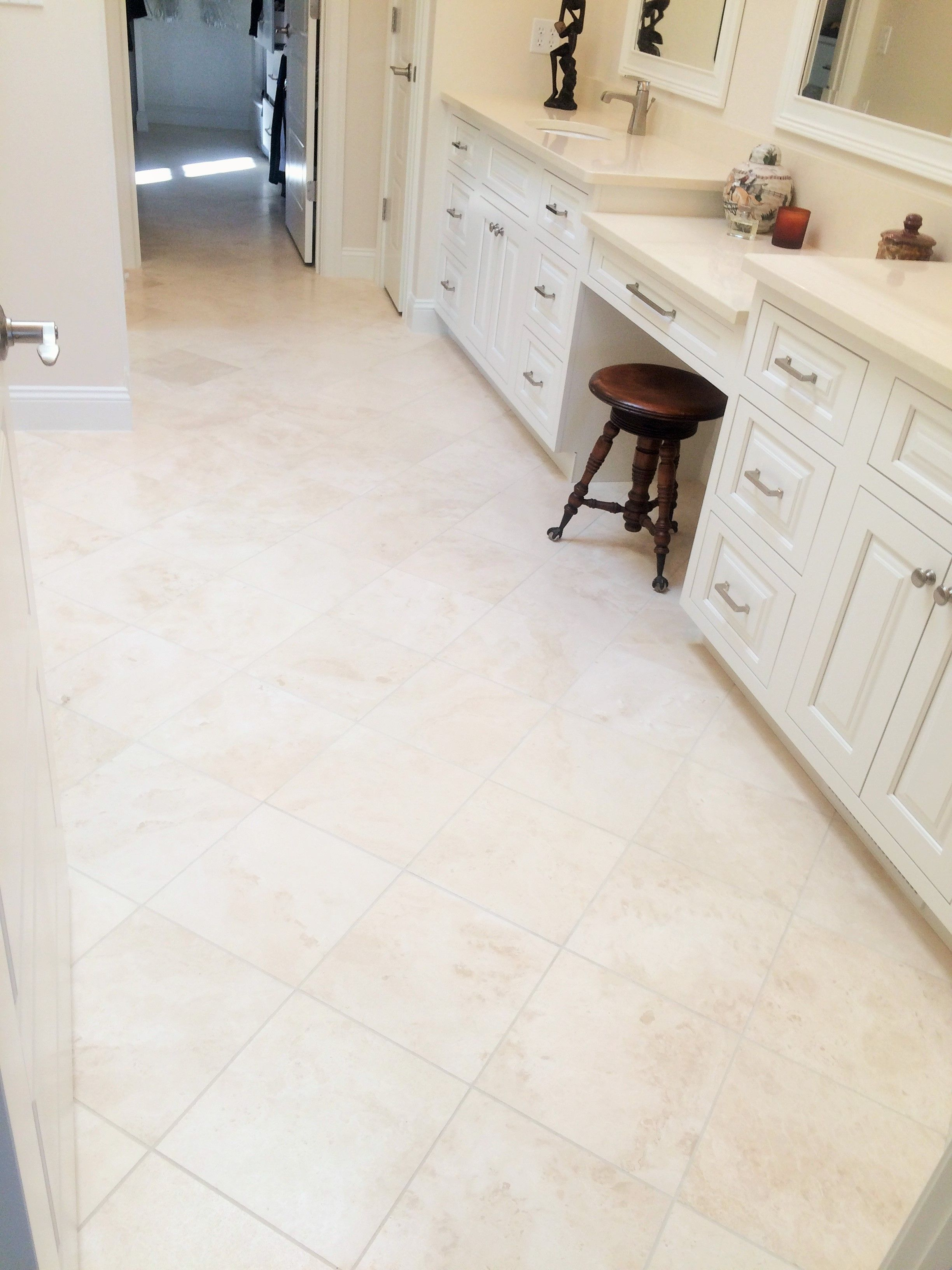 Our beautiful and rare Veracruz Bianco tile provides an ivory beige ...