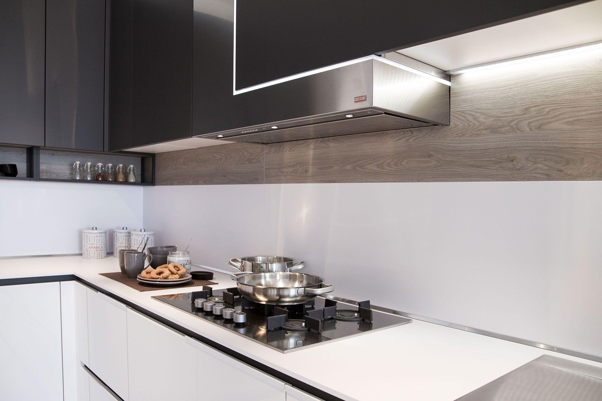 schienale cucina in vetro - Cerca con Google | Kitchen | Pinterest ...