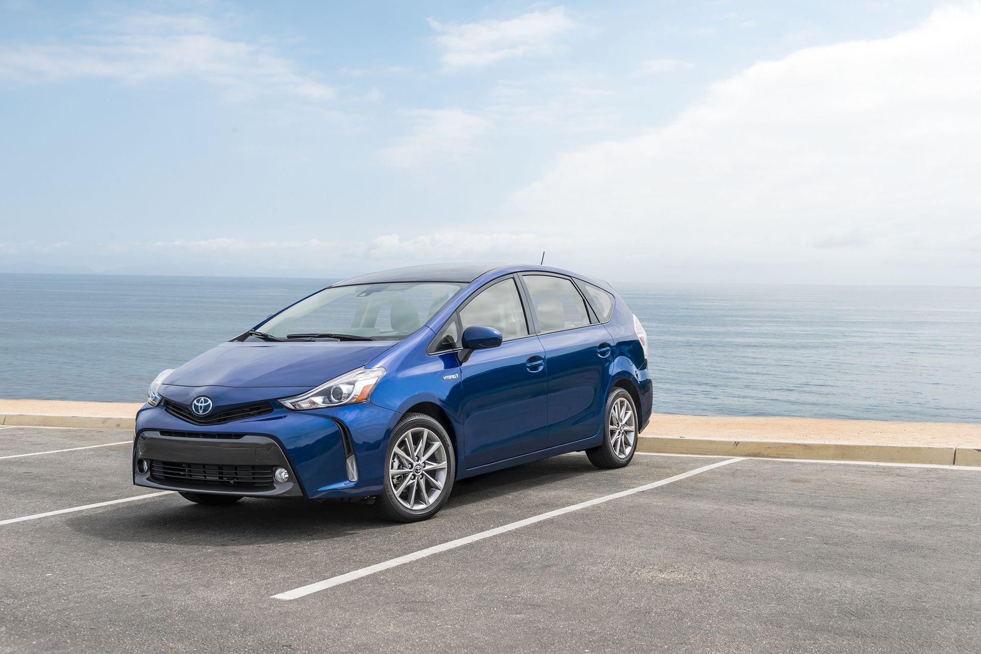 2016 Toyota Prius V Review Carrrs Auto Portal Toyota Prius Toyota Toyota Cars