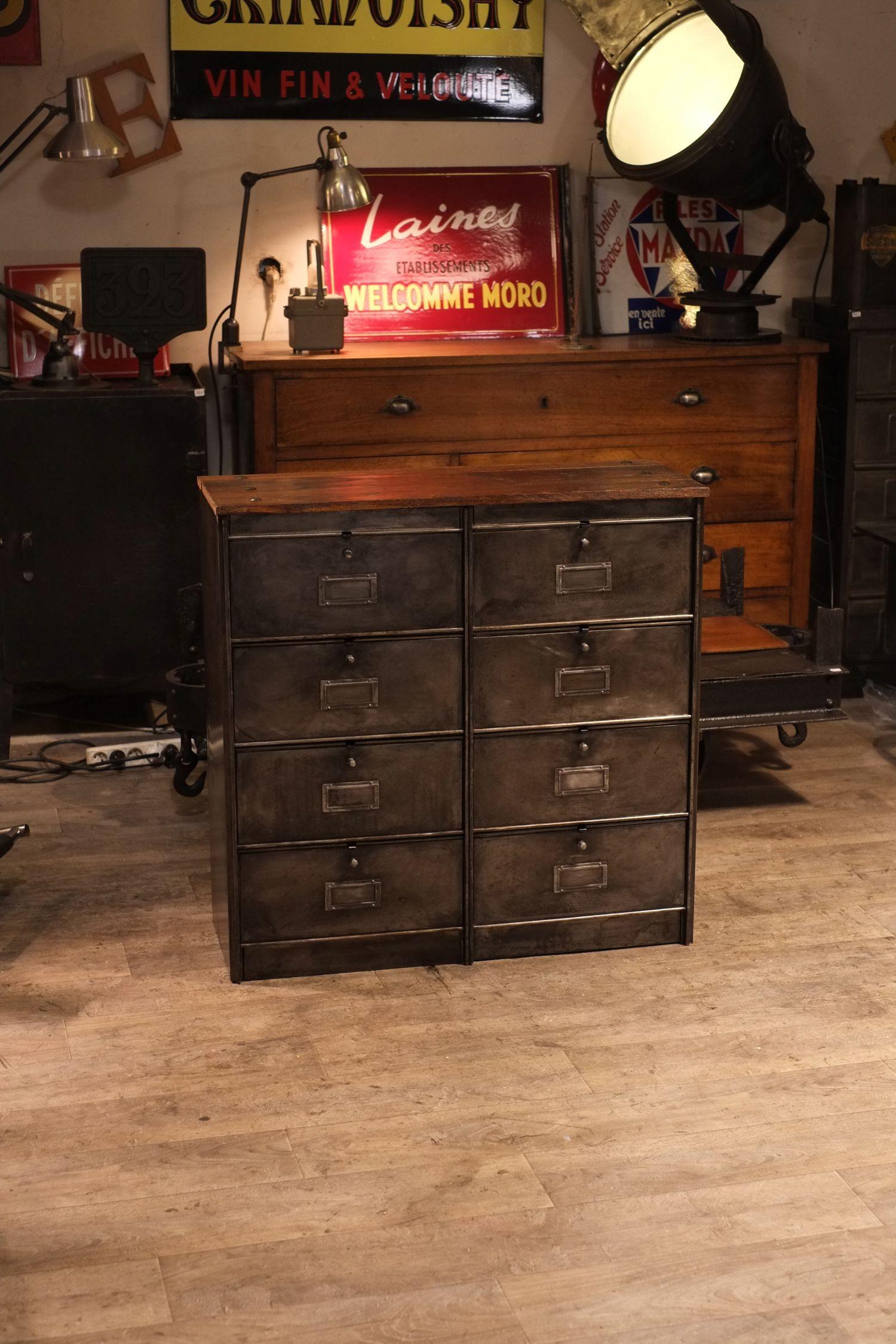 meuble de m tier industriel en m tal brut deco loft renaud. Black Bedroom Furniture Sets. Home Design Ideas