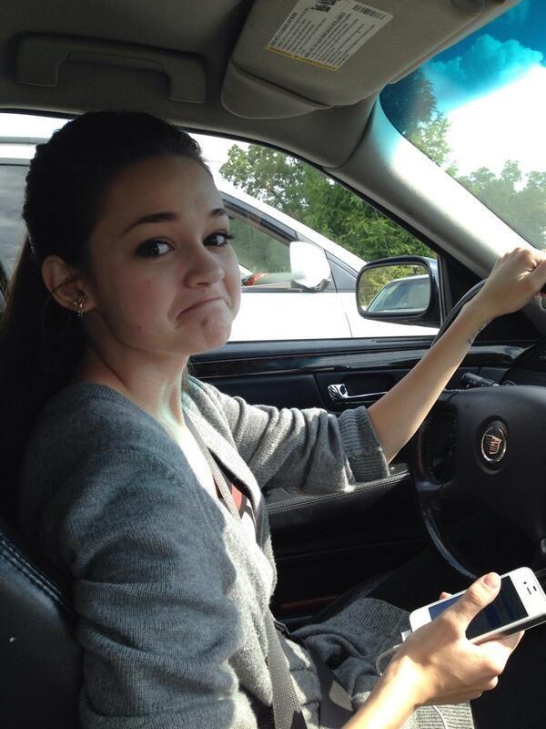Photo of Ciara Bravo  - car