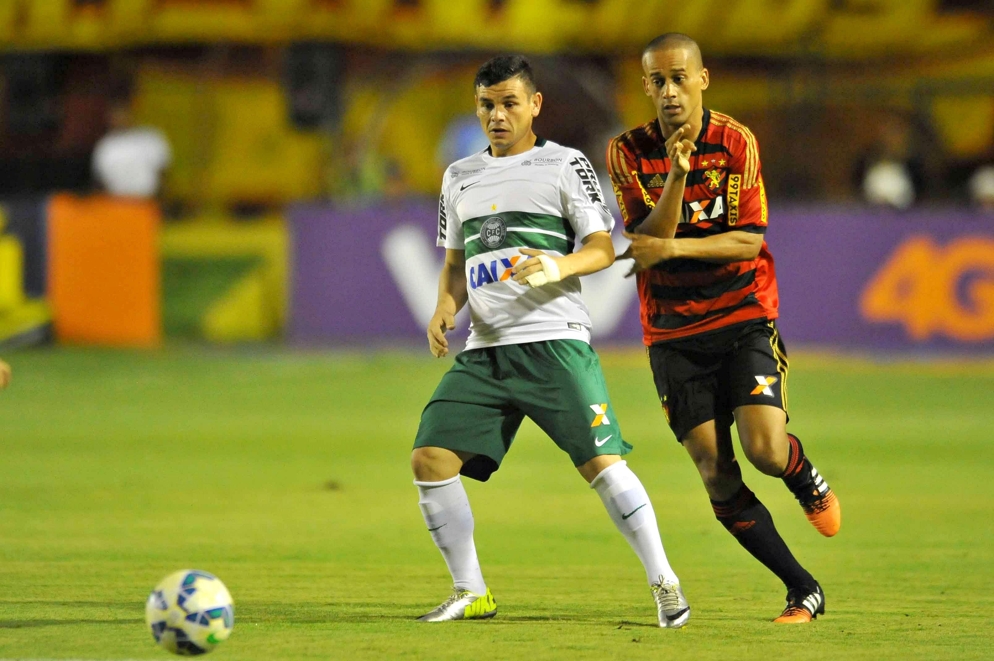 Para escapar do Z-4, Coritiba recebe o Sport, em jejum há sete partidas #globoesporte