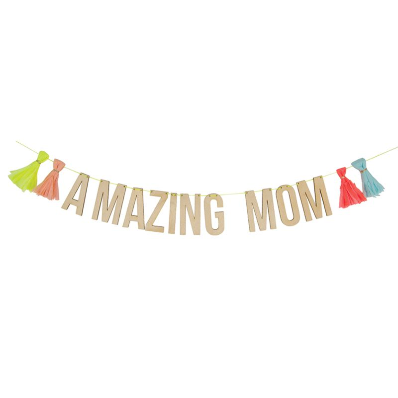 Amazing Mom Garland  MotherS Day