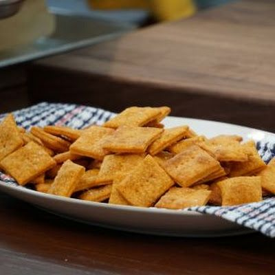 Smokey Cheddar Cheese Crackers (Valerie Bertinelli) Recipe #valeriebertinellirecipes