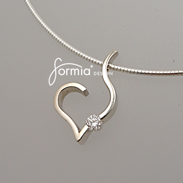 14K white gold heart pendant with diamond accent