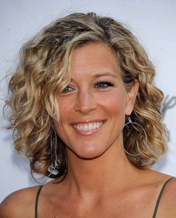 Amazing Medium Curly Curly Hairstyles And Hairstyles On Pinterest Short Hairstyles Gunalazisus