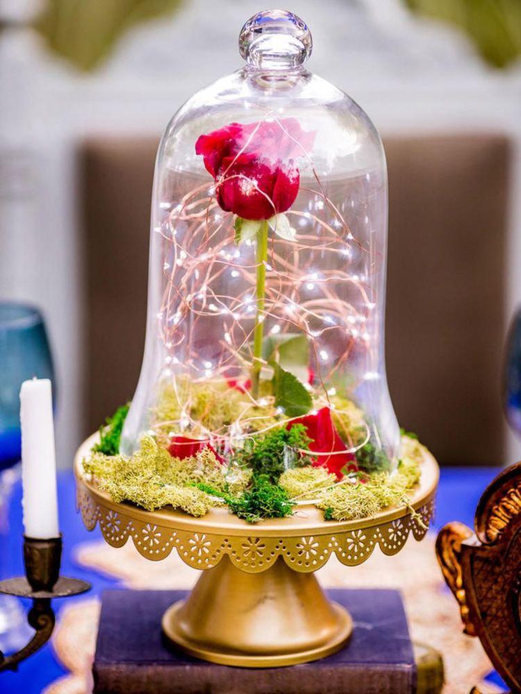 verzauberte rose im glas symbolisiert die ewige liebe diy deko ideen ideen zum selbermachen. Black Bedroom Furniture Sets. Home Design Ideas