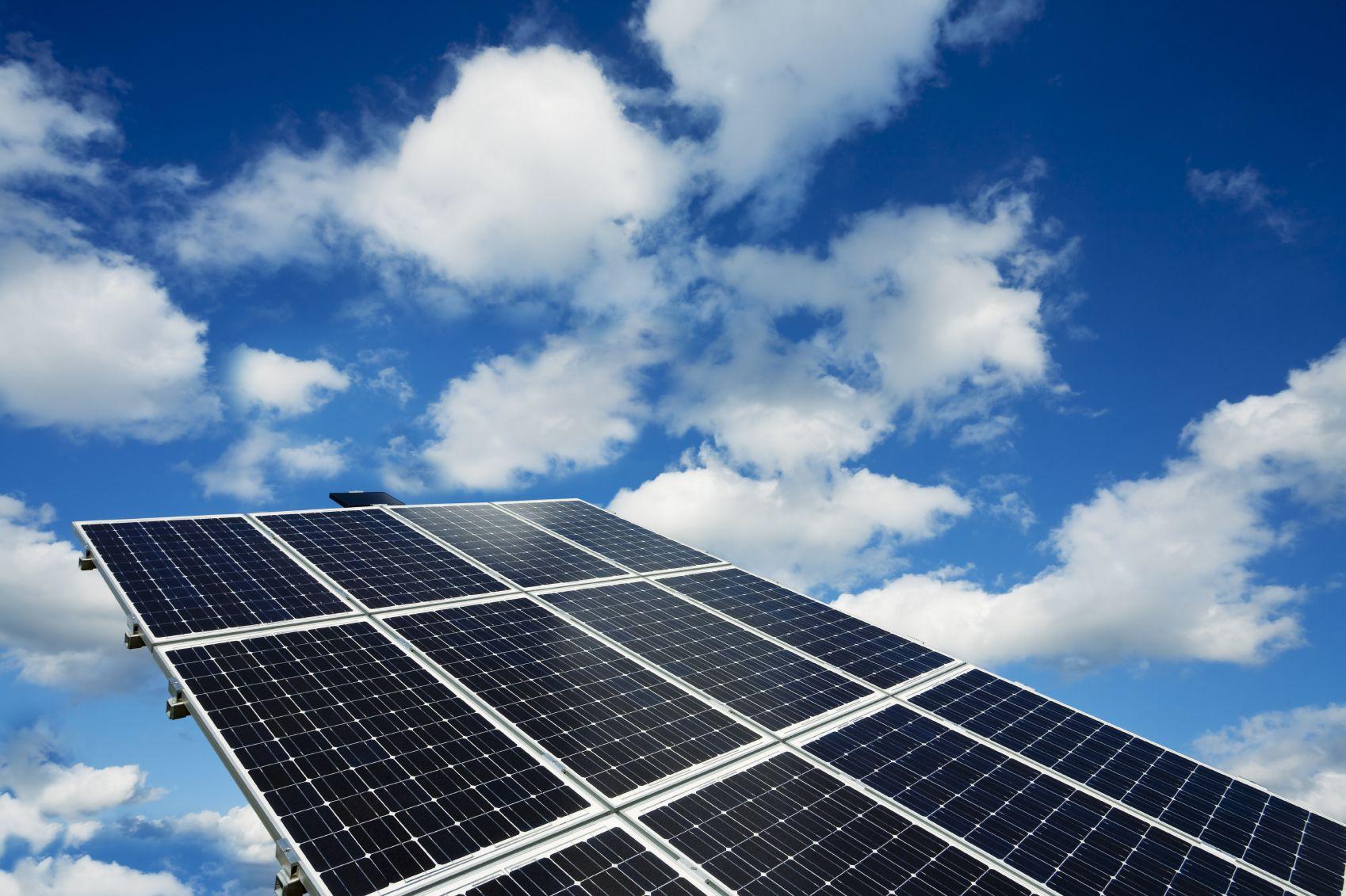 Kinds Of Solar Panels Solar Panels Solar Power House Best Solar Panels