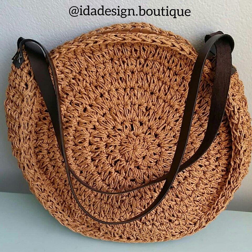 #crochetbag #womensummerbag #wickerbag #purse #beachbag #hasircanta #bolsa #bohostyle #knitedbag #strawbag #roundbag #beachbag #summerbag #idadesign.boutique #bohobag #yuvarlakçanta #trendbag #womenfashion #paperyarnbag #kağıtipçanta