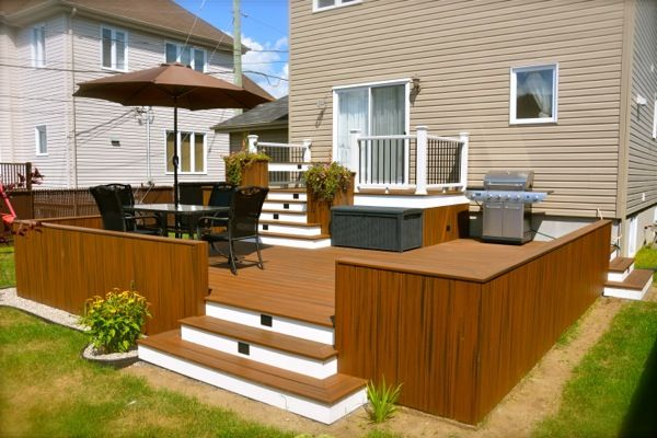 Composite decking little rock composite deck boards for a for Plan patio terrasse