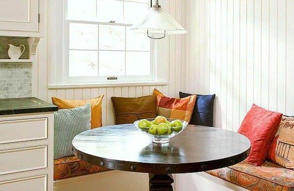 eckbank esszimmer runder tisch dunkelbraun farbige dekokissen - essecken für küchen