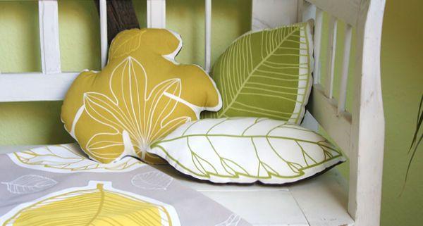 kissen n hen aus ikea stoff gurine herbst bl tter deko n hen pinterest sewing sewing. Black Bedroom Furniture Sets. Home Design Ideas