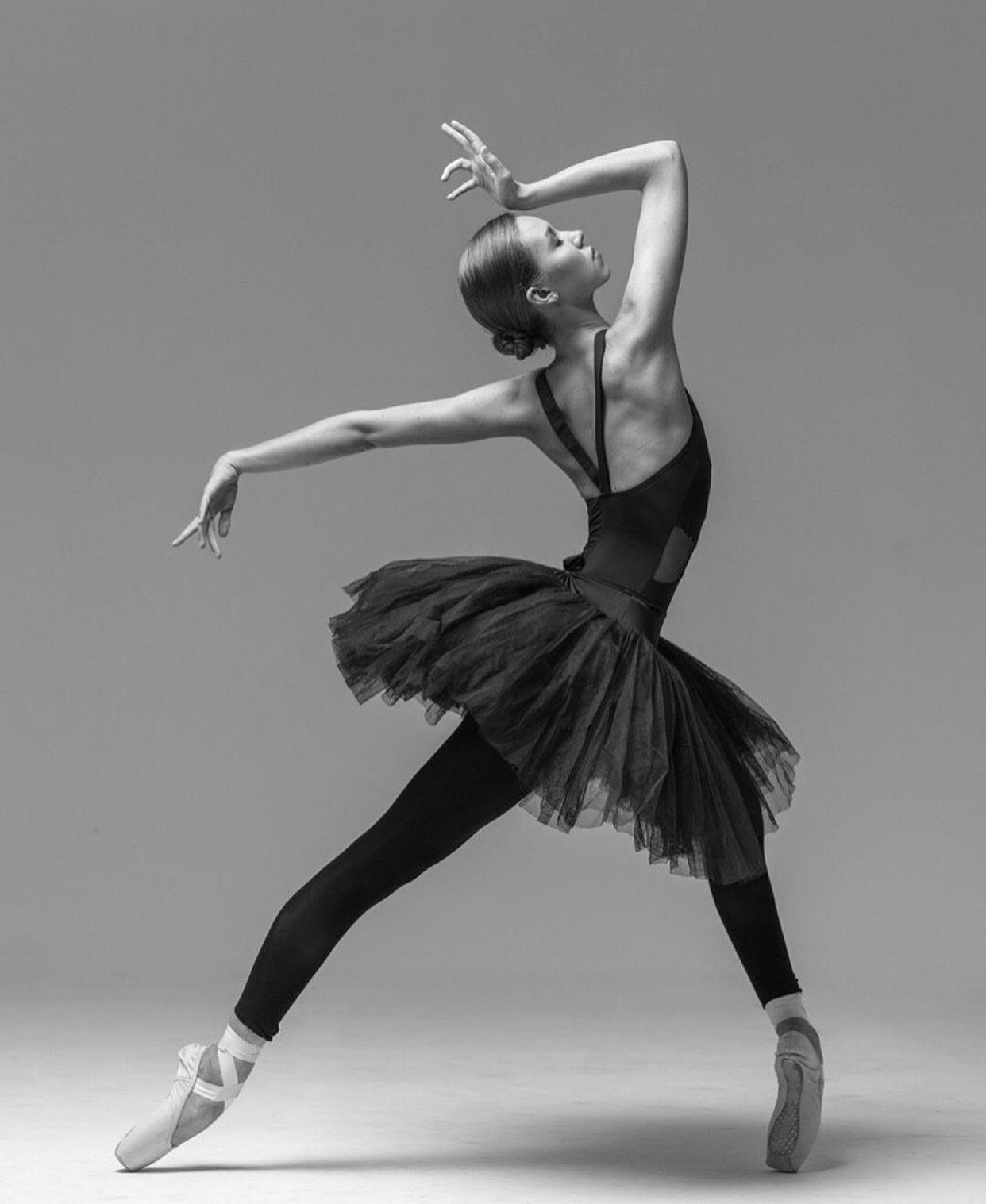 одной позы балерин для фотосессий кто уже