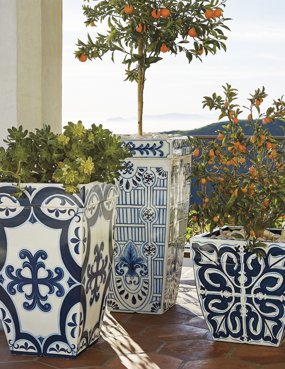 Santorini Patio Furniture: Garden, Planters, Decor