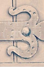 Alphabet photography. Alfagram, Number art 1. Personnalized letter art. Perfect gift using alphabet photos. Old door