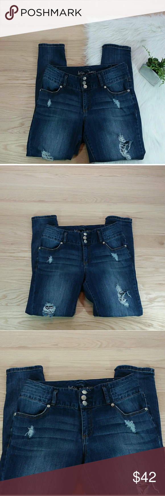e6c390ff496 Ariya Jeans 9 10 reg Rip Distress High rise Kauai Ariya Jeans Size 9 10  regular Jeans Measurements Waist 16