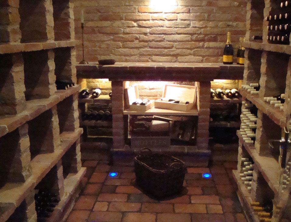 Weinkeller selber bauen  Ziegel -/ Gewölbekeller | Weinkeller | Pinterest | Gewölbekeller ...