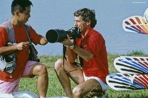Ayrton e fotógrafo japonês Norio Koike em 1989 (Foto: Norio Koike)