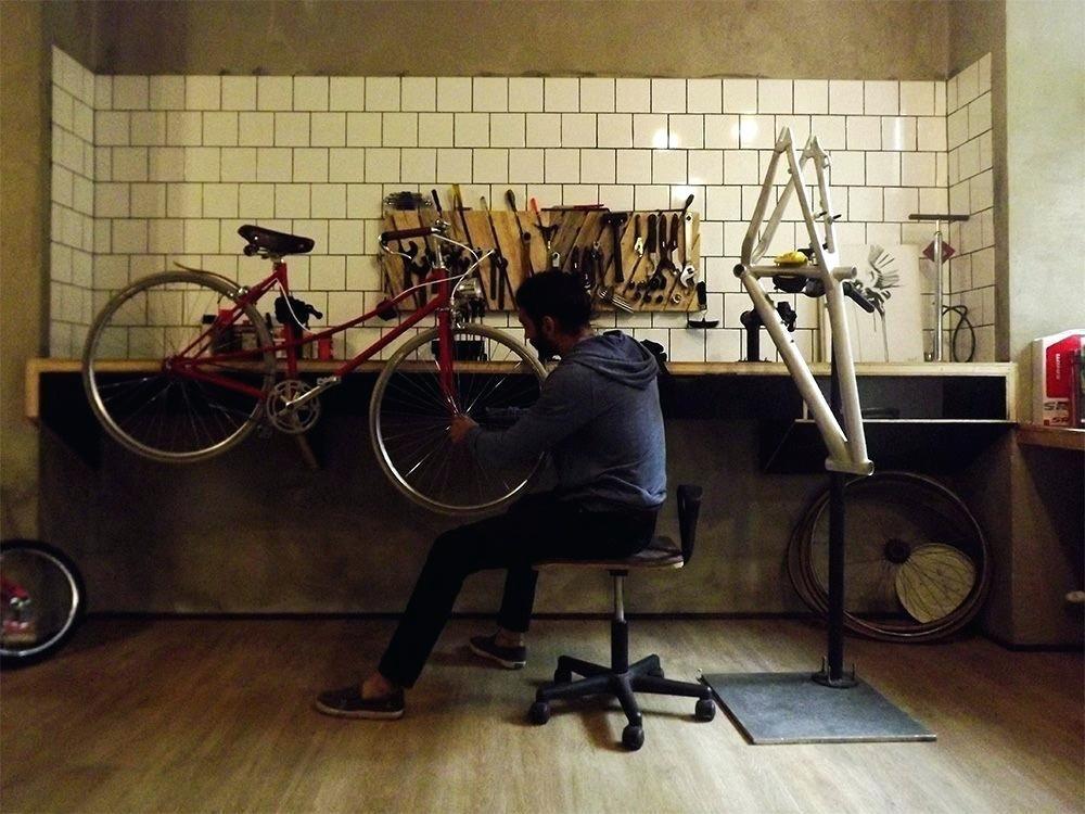 Bicycle Kitchen Working In The Bike Kitchen Bicycle Kitchen London