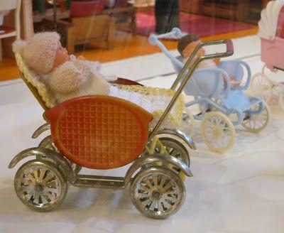 Diepuppenstubensammlerin poppenwagens pinterest puppenwagen