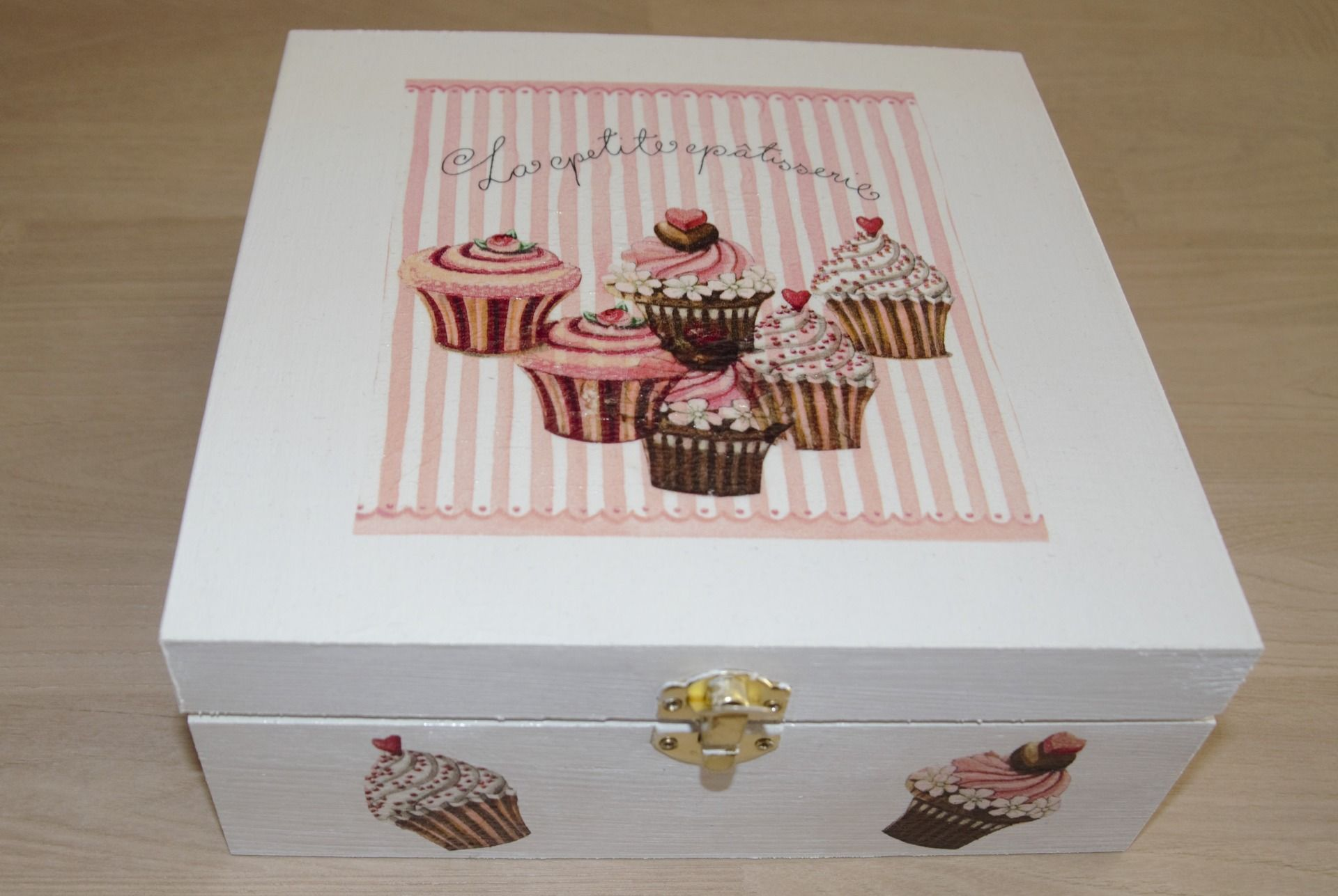 boite à thé ou tisane en bois ,,cupcakes'' : Boîtes, coffrets par planete-b
