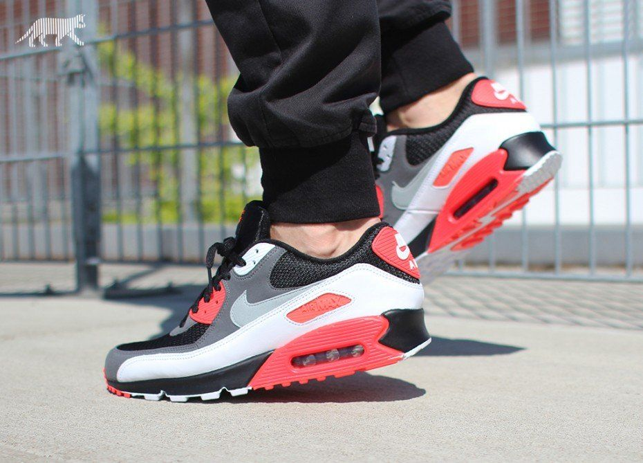 Nike Air Max 90 Inverted Infrared