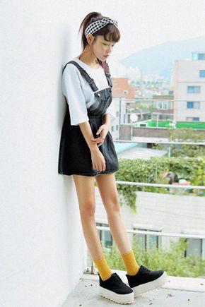 ガーリッシュオーバーオールスカート。 今季大人気のサロペットスカートです。[Stylenanda]