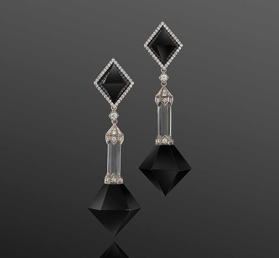 A closer look at the gorgeous Pyramid pendant Fred Leighton earrings in black jade, rock crystal and diamond worn by Lupita Nyong'o at the 2015 SAG Awards.