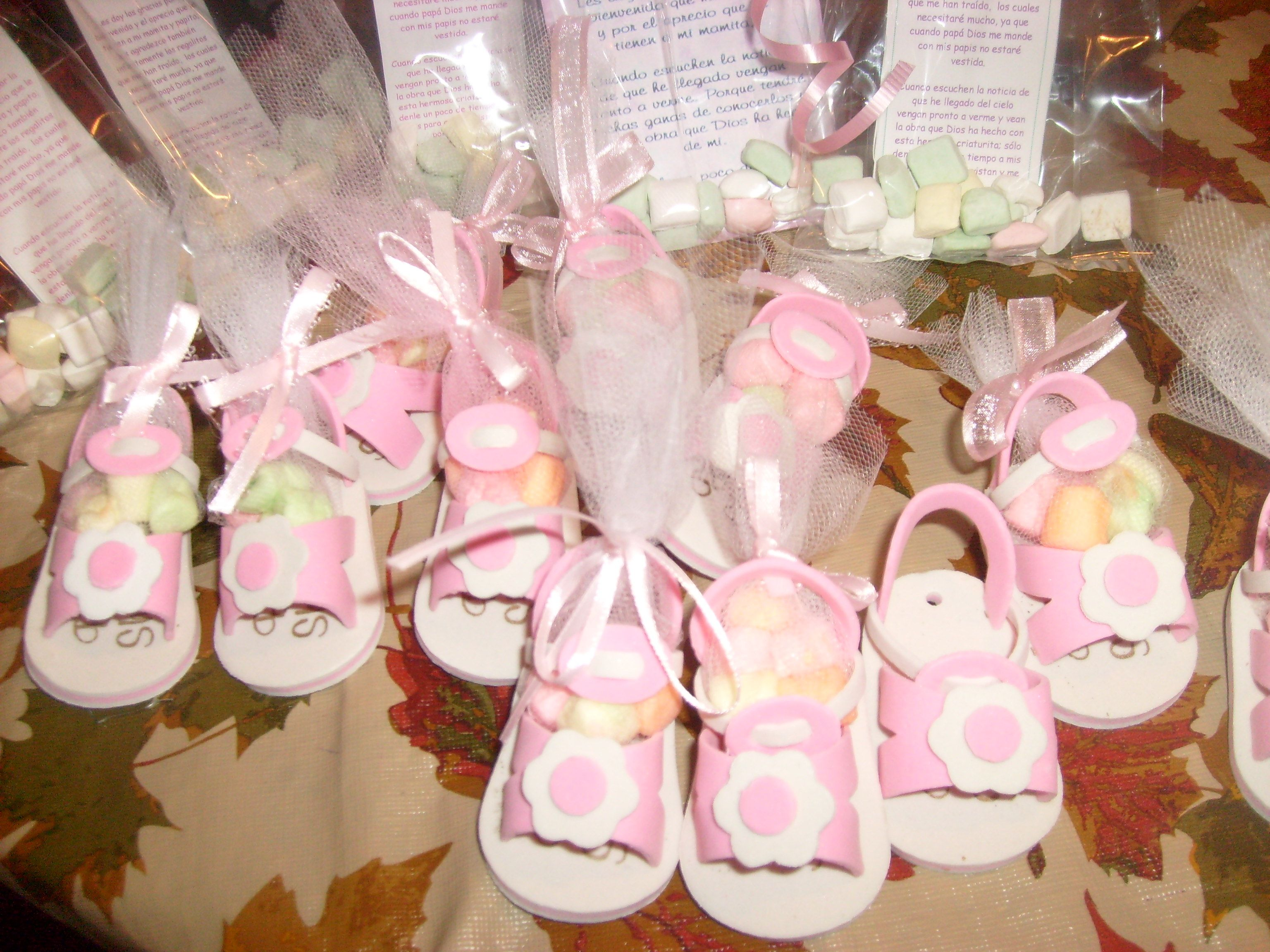 Baby shower ideas recuerdos zapatitos de nina para baby - Ideas para baby shower nina ...