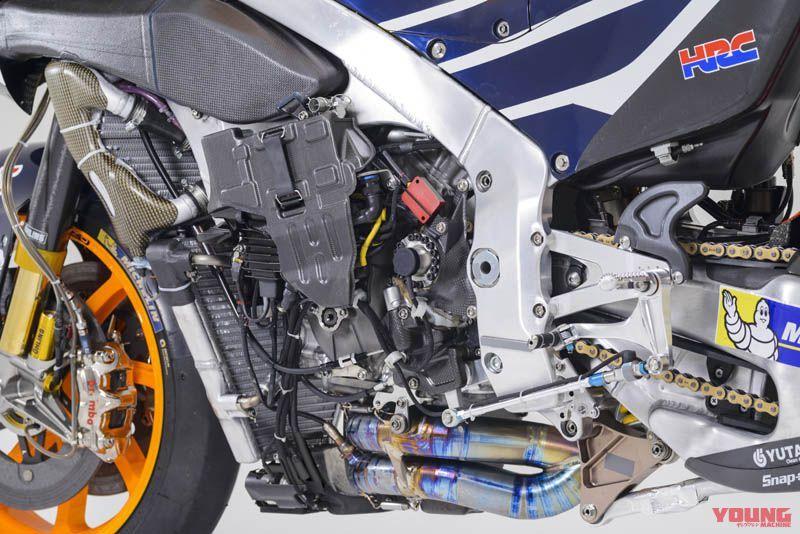 [Moto] Conversion et kit de maquette - Page 2 1aa4978eb46d31b179a2f54bbfbe52ed