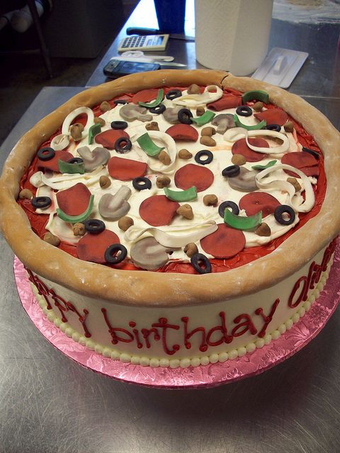 pizza cake by Caryn's Cakes, via Flickr {I'm seriously thinking I might want this for my own birthday.}