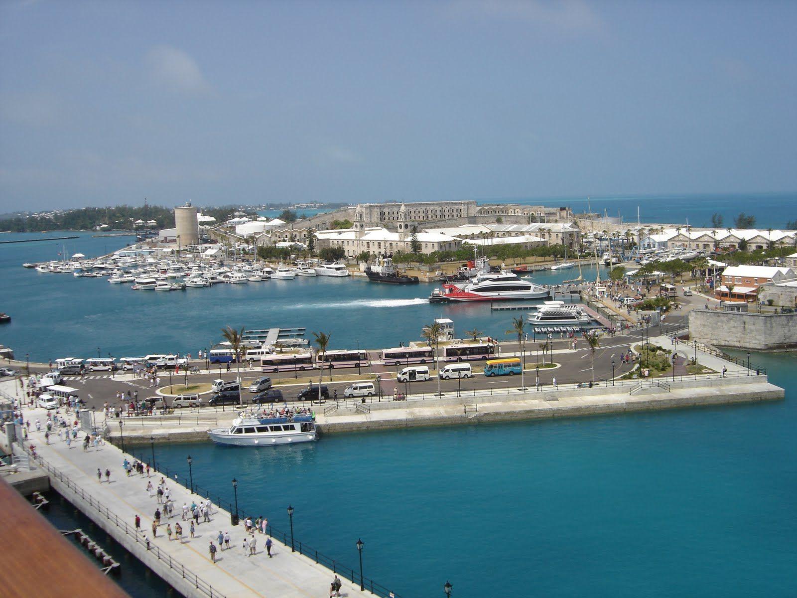 Beaches Near King S Wharf Bermuda