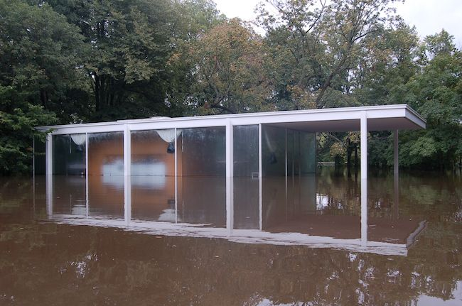 Proposal to protect Farnsworth House from flooding which happened