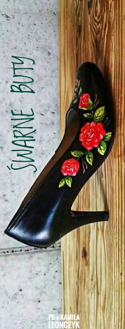 Rozyczki Szpileczki Malowane W Roze Recznie Robione Skorzane Buty Inspirowane Kultura Goralska Stabilny Niski Obcas Wygodna Heels Stiletto Heels Shoes