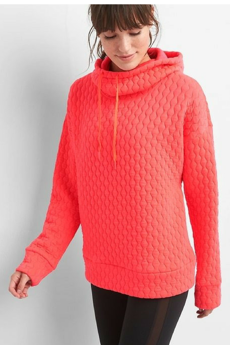 Cozy hooded sweater from the Gap! This needs to be in my closet ...