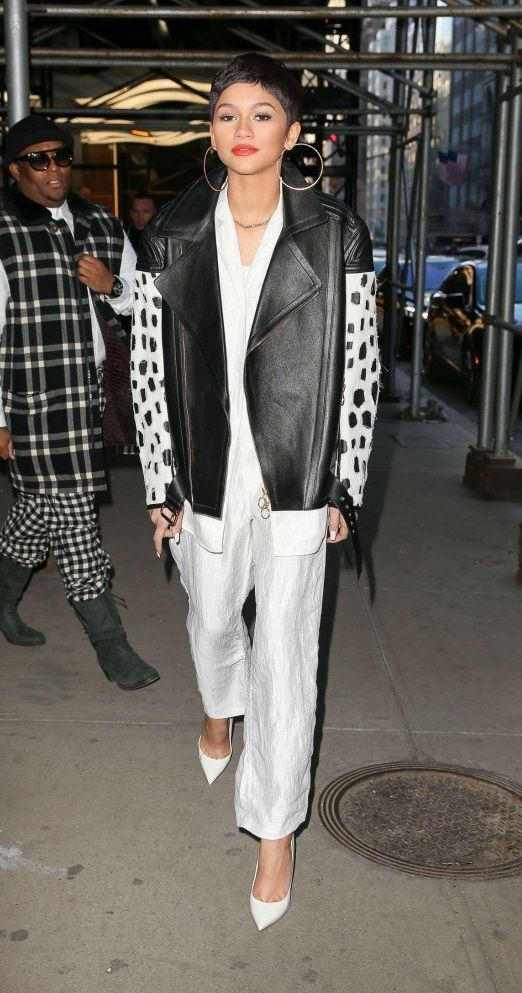 Zendaya – Out during NYFW in NYC