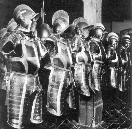 These simpler black and white armours with a basic banded design were used by line officers in pike formations by the Swiss in the sixteenth century. They are on display in the old armoury in Solothurn.