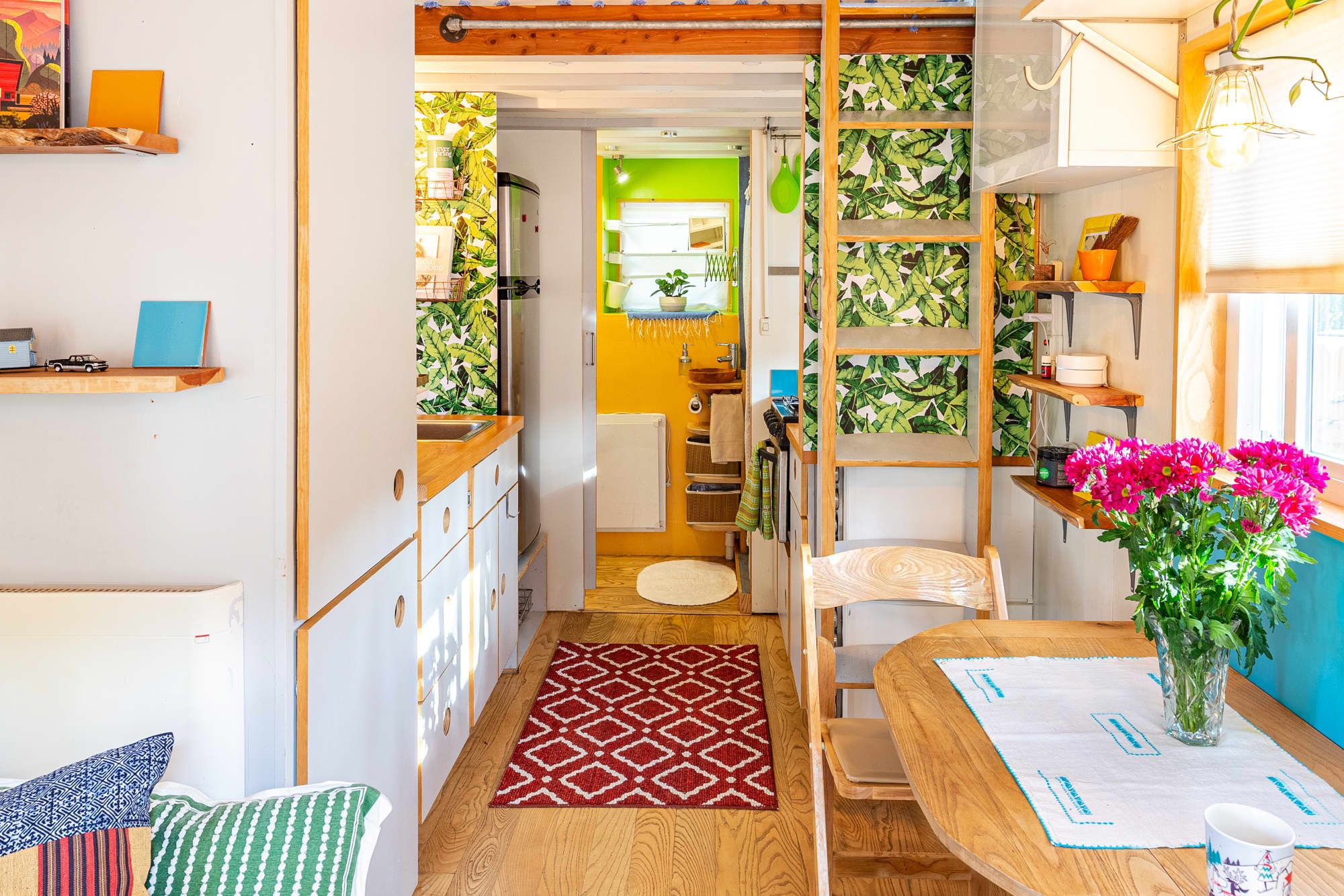 This Is Definitely the Cheeriest Tiny House of All Time in
